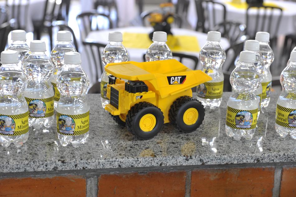 Garrafinhas de água personalizadas - Foto: Jackson Mendes